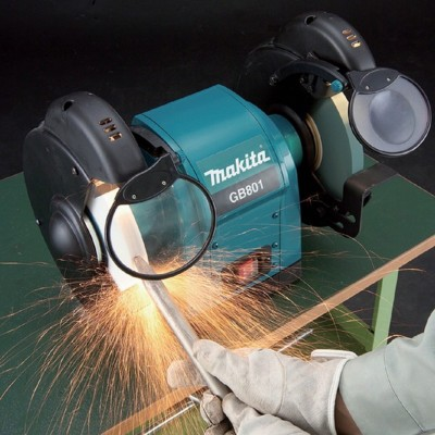 MAKITA GB801 dvoukotoučová bruska 205mm 550W
