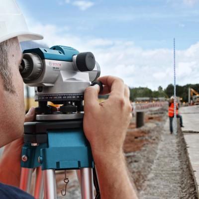 BOSCH GOL 32 D optický nivelační přístroj + stativ BT 160 + nivelační lať GR 500